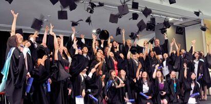 家长该如何准备签证去参加孩子的毕业典礼?